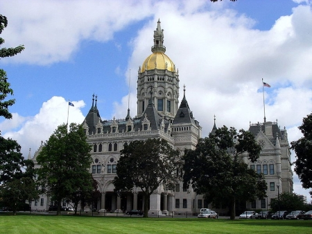 800px-Connecticut_State_Capitol_Hartford